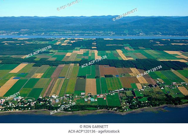 aerial, seigneurial farms, Ile-d'Orleans, Québec