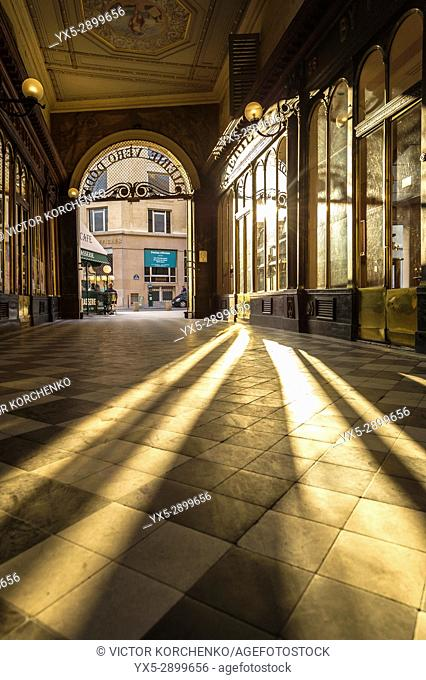 Galerie Vero Dodat shopping gallery in Paris