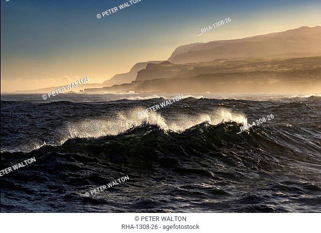 Windswept waves at Mo'omomi Beach at sunrise, north west coast of Molokai, Hawaii, United States of America