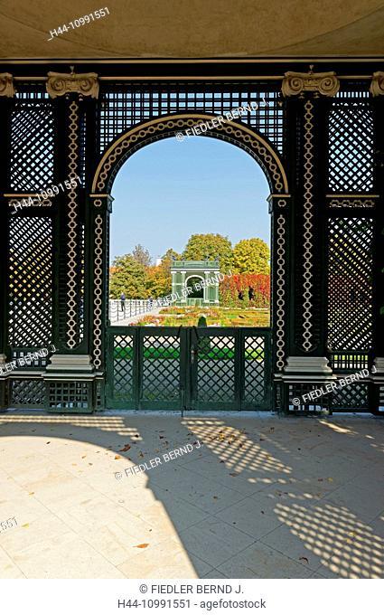 Crown prince's garden, hedge, autumn, color, leaves, pavilion