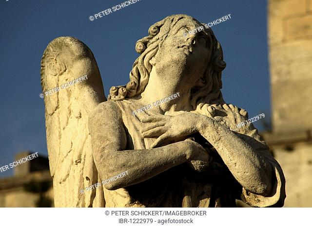 Angel in front of the cathedral of Avignon, Provence, France, Europe