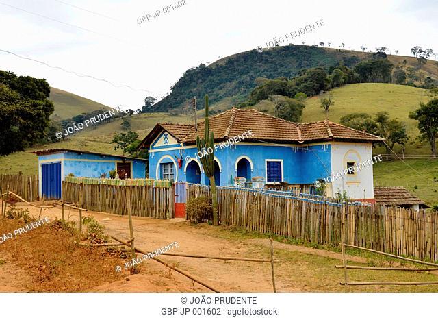 Casa típica na zona rural o município faz parte do roteiro religioso Caminho da Fé que liga as cidades de Águas da Prata a Aparecida,Consolação, Minas Gerais