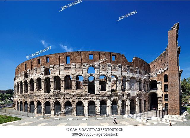 Rear view of the Colloseum, viewed from the Piazza del Colosseo, Campitelli, Rome, Lazio, Italy
