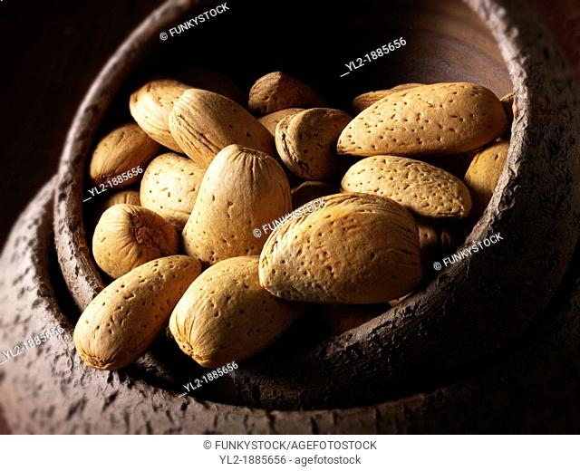 Whole Almonds in the shell