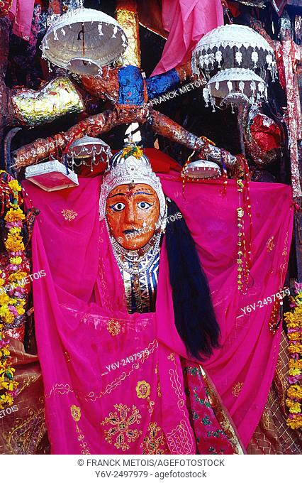 Idol of the goddess Durga ( India)
