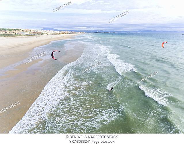 Kitesurfing in Tarifa, Los Lances, Costa de la Luz, Cadiz, Andalusia, Spain
