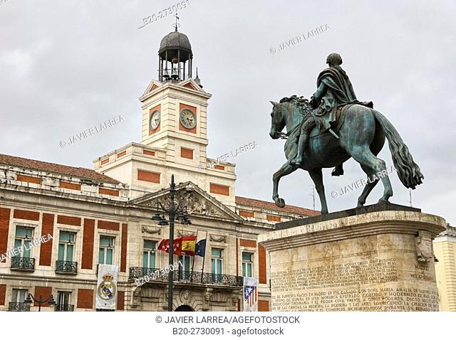 Equestrian statue of Carlos III in Puerta del Sol Square, Madrid, Spain, Europe