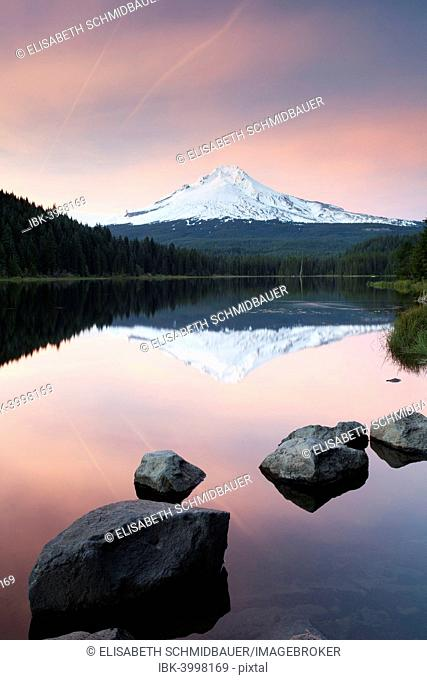 Trillium Lake with Mount Hood, Government Camp, Oregon, United States