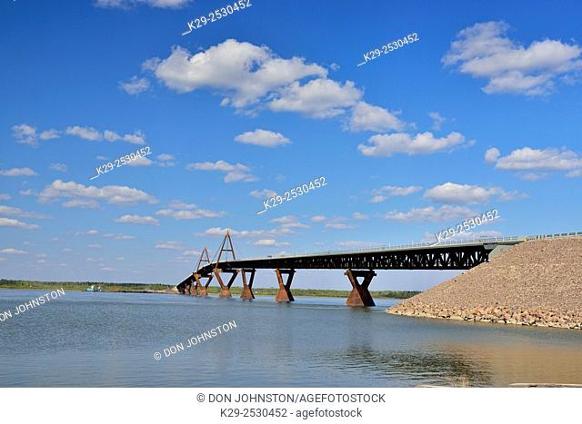 The Deh Cho bridge over the Mack enzie River, Fort Providence, Northwest Territories, Canada