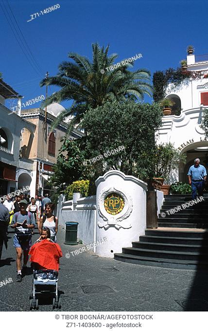 Italy, Campania, Capri, street scene