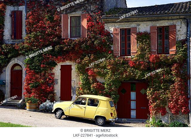 Autumn in La Sauve-Majeure, Chemins de Saint-Jacques, Via Turonensis, La Sauve-Majeure, Dept. Gironde, Region Aquitaine, France, Europe