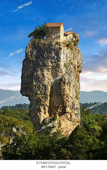 Picture & image of Katskhi Pillar Georgian Orthodox church on a 40 m (130 ft) natural limestone rock pillar near Chiatura, Imereti Region, Georgia (country)
