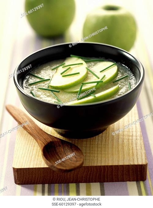 Apple and celery chilled soup