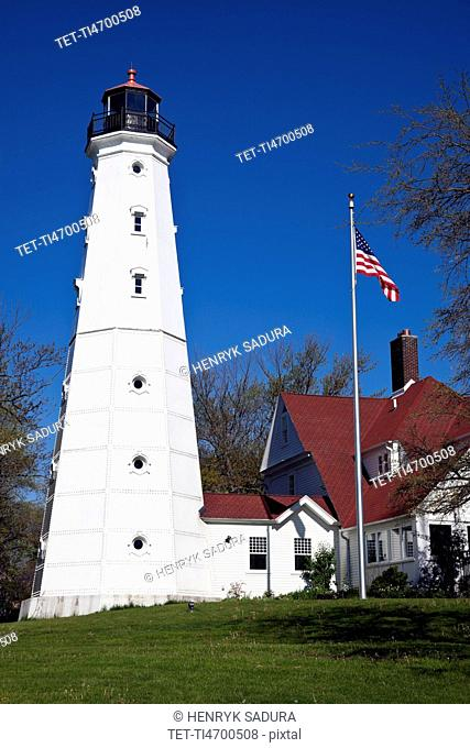 USA, Wisconsin, Milwaukee, View of Milwaukee lighthouse