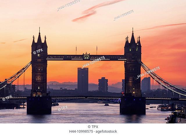 England, London, Tower Bridge at Dawn
