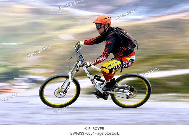 mountain biker , speed, France, Savoie