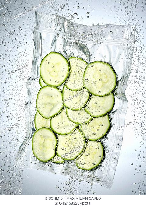 Courgette slices in a sous vide bag