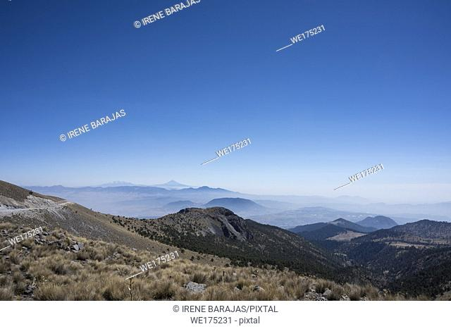 Volcanoes sight-seeing from the Nevado de Toluca