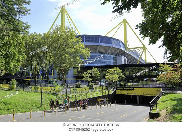 Dortmund, D-Dortmund, Ruhr area, Westphalia, North Rhine-Westphalia, NRW, sports, football, Bundesliga, Signal Iduna Park, football stadium with fanshop