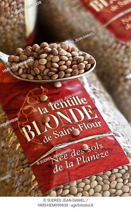 France, Cantal, Saint Flour, Lentil blonde Planeze Creamery to lakes
