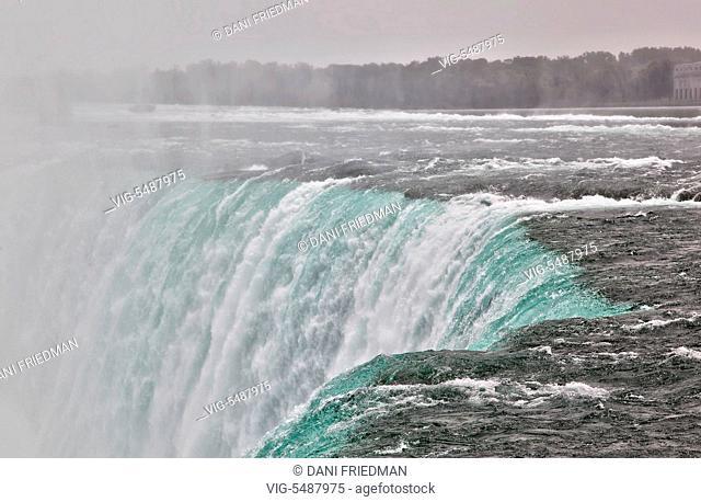 Edge of Niagara Falls in Ontario, Canada. - NIAGARA FALLS, ONTARIO, CANADA, 08/07/2015