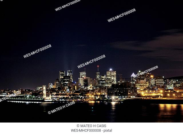 Canada, Montreal, view to the city by night