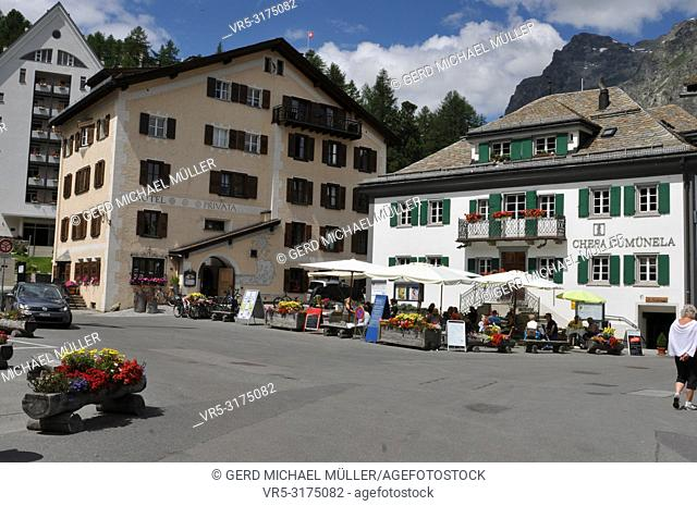 """Swiss alps: The main square with the """"""""casa communal"""""""" in Sils-Maria in the upper Engadin"""