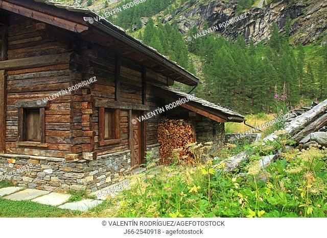 Vermiana house near the Valnontey stream. Natural park Gran Paradiso. Italy