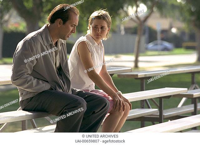 STICKS / Matchstick Men USA 2003 / Ridley Scott Roy (NICOLAS CAGE) und Angela (ALISON LOHMANN) Regie: Ridley Scott aka. Matchstick Men / STICKS USA 2003