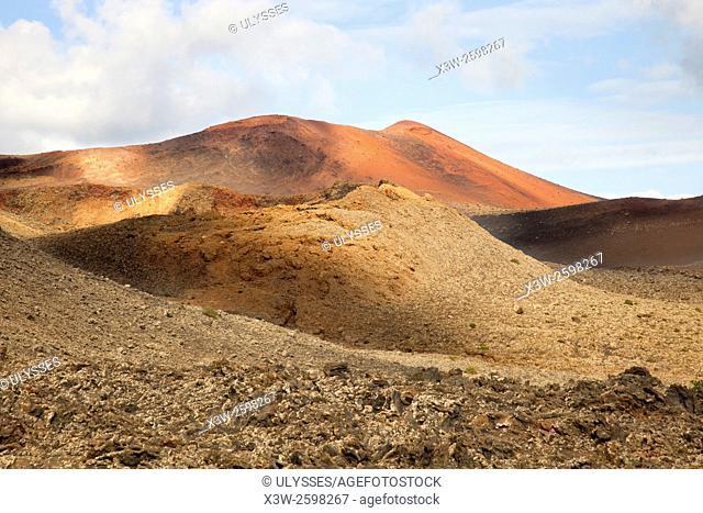 Ruta de los Volcanoes, Parque Nacional de Timanfaya, Lanzarote island, Canary archipelago, Spain, Europe