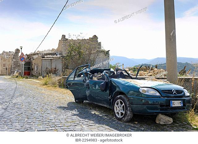 Ruined buildings destroyed by the earthquake on 6th April 2009 in Castelnuovo near L'Aquila, Abruzzo region, Italy, Europe, PublicGround