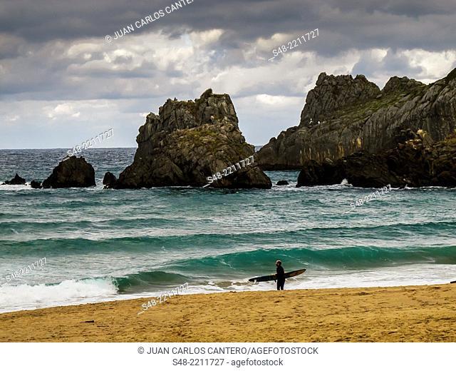 Laga beach at Ibarrangelu. Biosphere reserve. Vizcaya. Basque Country. Spain