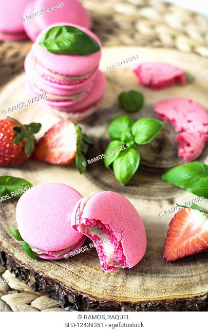Strawberry and basil macaroons