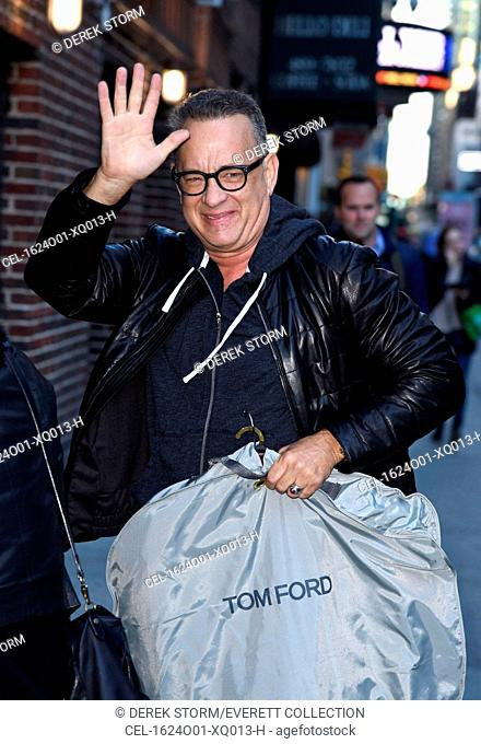 Tom Hanks out and about for Celebrity Candids - MON, , New York, NY October 24, 2016. Photo By: Derek Storm/Everett Collection