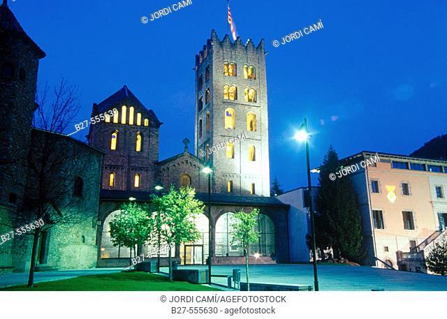Romanesque monastery of Santa María de Ripoll (12th century), Ripollès. Girona province, Catalonia, Spain