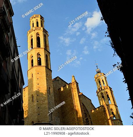Church of Santa Maria del Mar built in Catalan gothic style by Berenguer de Montagut and Ramon Despuig. La Ribera, Barcelona, Catalonia, Spain, Europe
