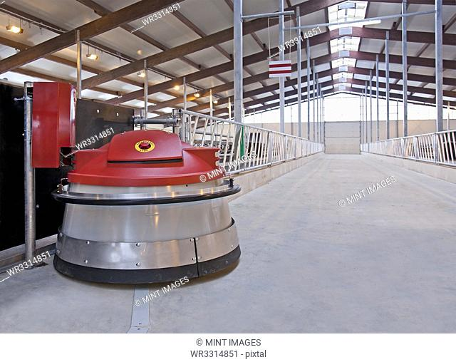 Automated Feed Pusher