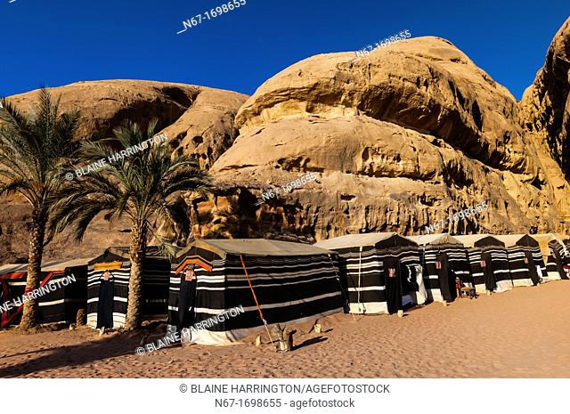 Goat hair tents, Captain's Desert Camp, Wadi Rum in the Arabian Desert, Jordan