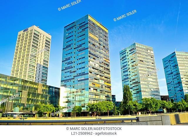 Spain, Catalonia, Barcelona province, Hospitalet de Llobregat, Gran Via, Fira de Barcelona, Skyscrapers on sunny day