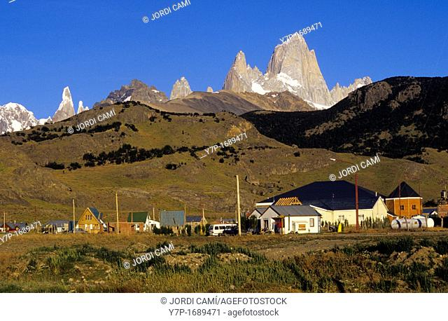 Fitz Roy peak 3440 m at the rear  Los Andes mountain range  Los Glaciares National Park  Santa Cruz province  Patagonia  Argentina