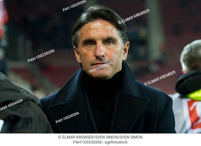 BRUNO LABBADIA (coach, WOB) vor dem Spiel, Brustbild, .Fussball 1. Bundesliga, 24. matchday, FSV FSV FSV Mainz 05 (MZ) - VfL Wolfsburg (WOB) 1:1, am 23