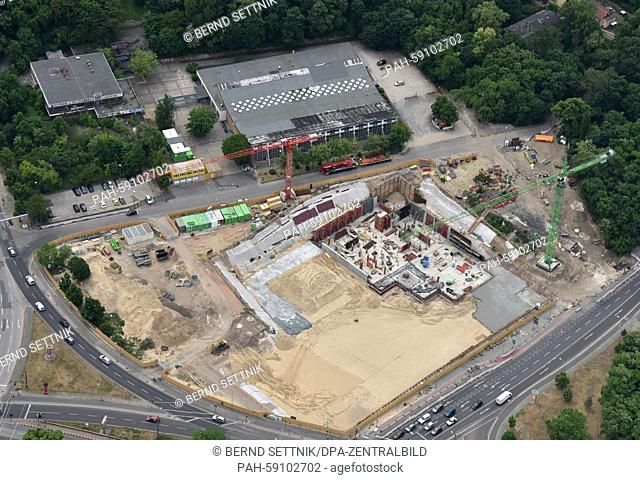 An aerial view shows the construction site of the future sport and waterpark at Brauhausberg in Potsdam, Germany, 06 June 2015