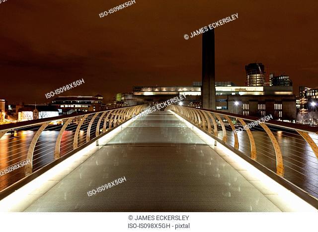 Millennium Bridge towards Tate Modern, London, UK