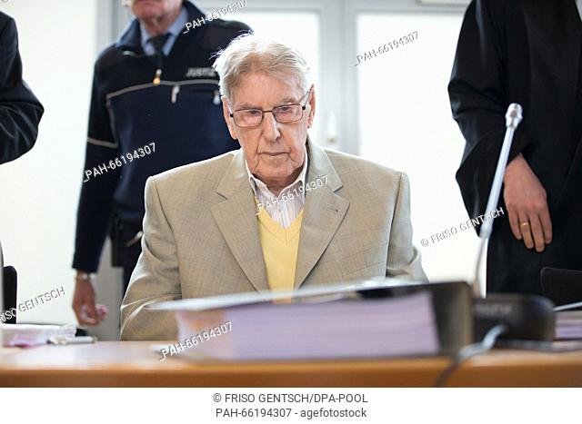 Former Auschwitz SS-guard Reinhold Hanning sits in the courtroom during his trial in Detmold, Germany, 26 February 2016. The 94-year old is accused of accessory...