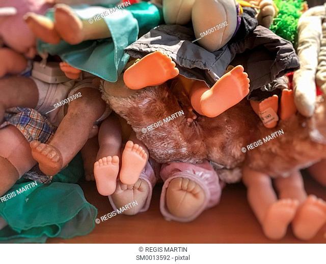 Dolls feet