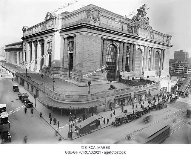Grand Central Terminal, New York City, New York, USA, Bain News Service, 1910