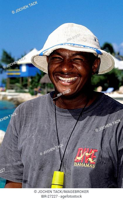 BHS, Bahamas, New Povidence, Nassau: Boat driver of a hotel. Independent state in the West Indies, member of Comonwealth of Nations