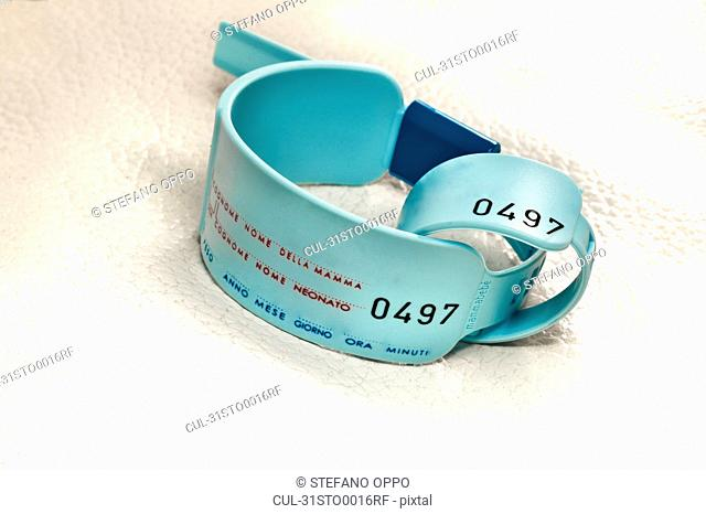 Newborn and mum hospital bracelets