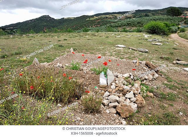 graveyard, village of Oum-er-Rbia vallee, Khenifra region, Middle Atlas, Morocco, North Africa