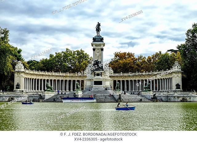 Retiro Park lake in Autumn, Madrid, Spain